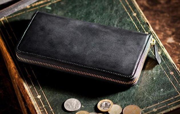 コードバンラウンド長財布の在庫チェック