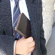 財布課長レオンが実際に購入して愛用している財布レビュー