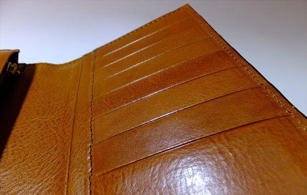片側のカードポケット