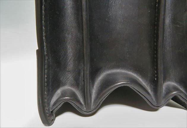 ブライドルダレスバッグの足元の写真