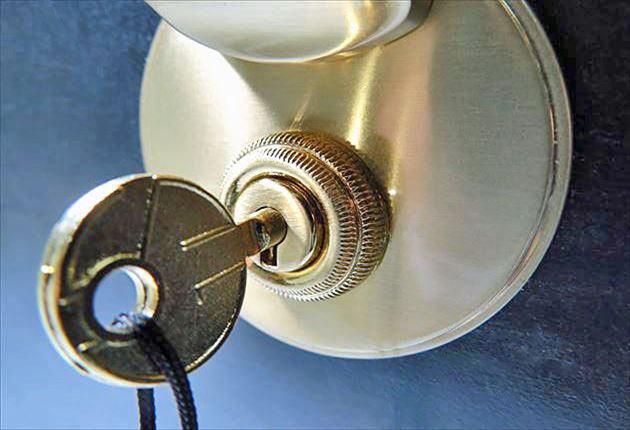 鍵を差し込んだ写真