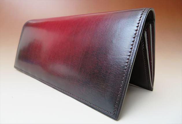 YUHAKU財布YVE110を自立させてみた写真
