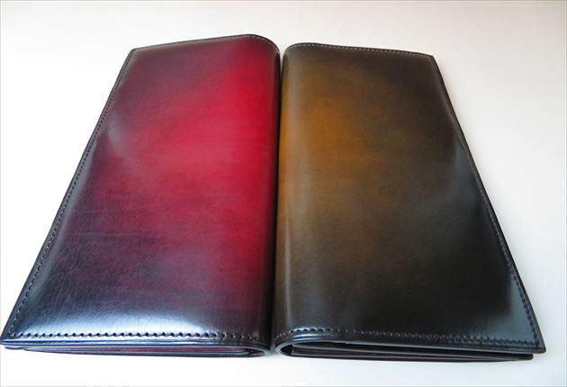 yve110のWINE色とDEEPBROWN色を並べて比較した写真