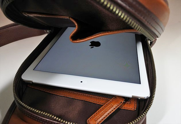 iPad airがスッポリ収納できます