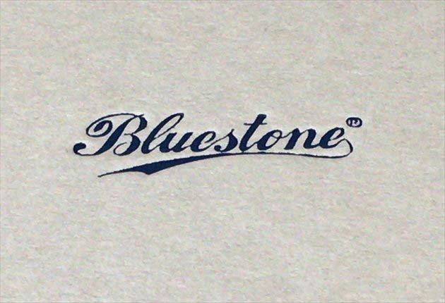 Blustoneのロゴ