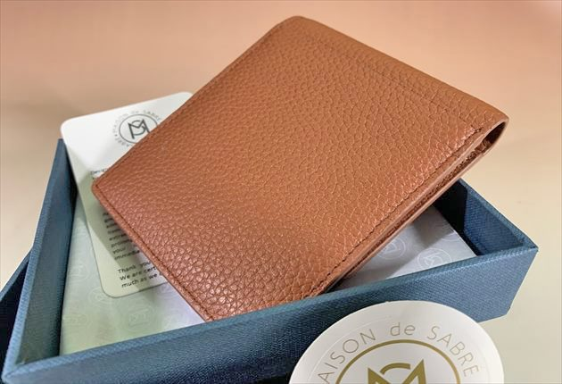 プレゼントに最適なメゾンデサブレの財布